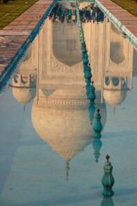 taj mahal india reflecting pool amazing facts about india