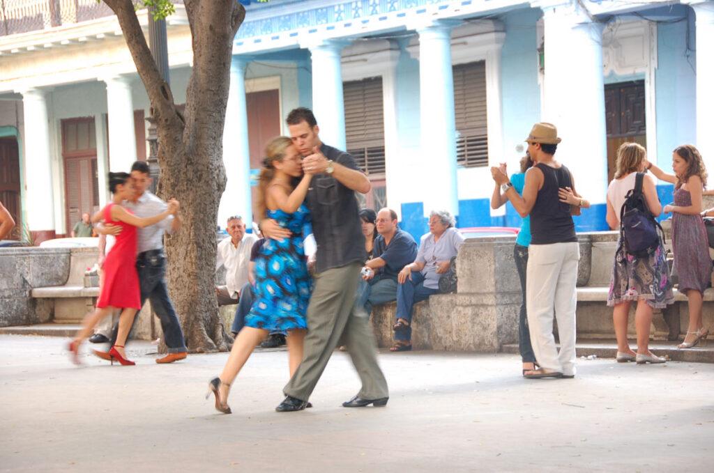 street dancing havana